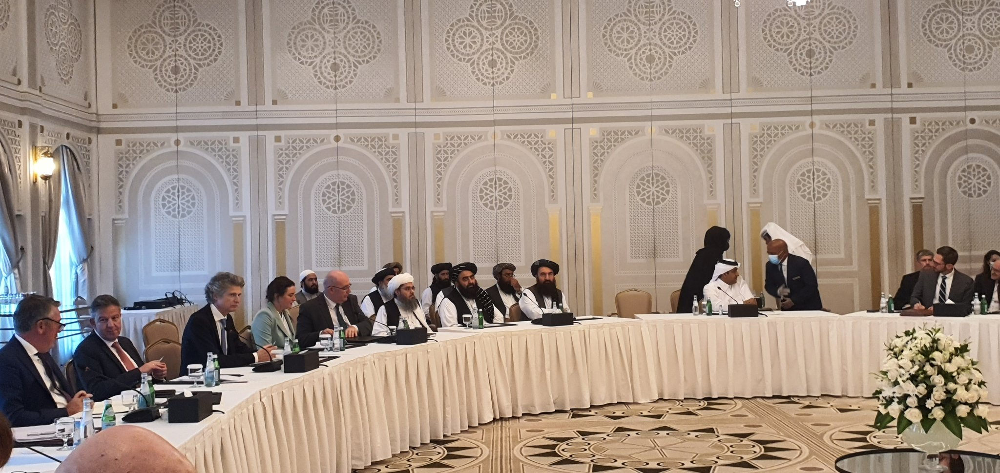 Taliban urge world to remove sanctions, formally recognize IEA government