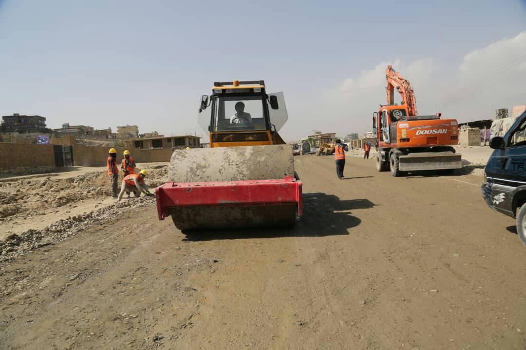 د کابل – میدان ښار د اته کيلو متره سرک د ترميم چارې پيل شوې